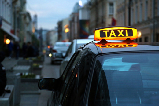 Proper Etiquette When Booking for a Taxi Service